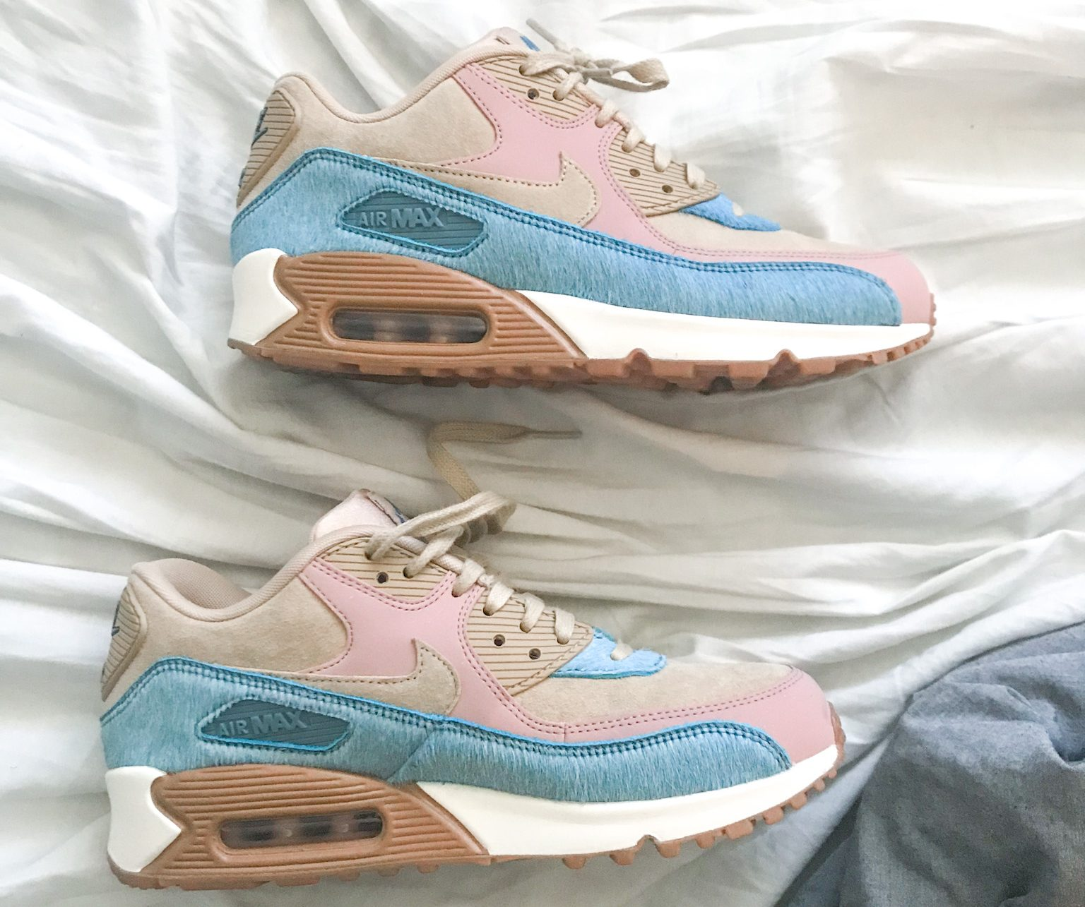 Top find thrifting Air Max